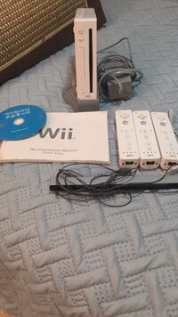 Nintendo Wii and Sports Game 172 mi