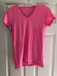 Jcrew v neck Fairfax, 22033