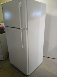 white top mount refrigerator Kingston, K7M 8C5