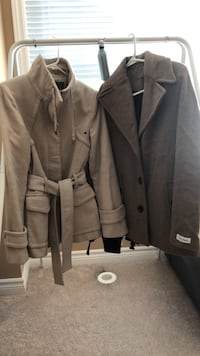 gray button-up coat Whitchurch-Stouffville, L4A 1Y4