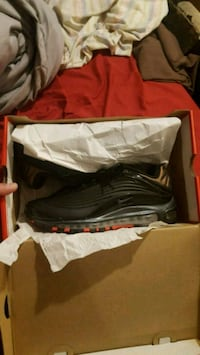Air max deluxe se New in box size 8.5  Jessup, 20794