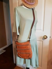 Danier leather crossbody purse Kawartha Lakes, L0A