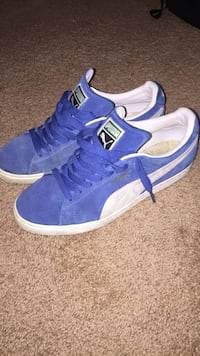 Puma suede low tops  Cottage Grove, 55016