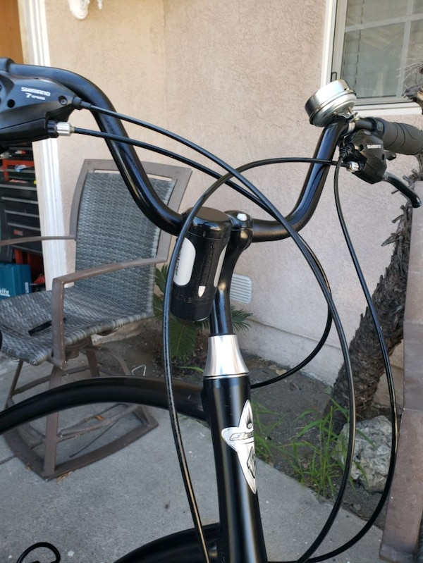 21 speed electra townie in great condition  156e7220-af38-441a-9fab-2da41b5617d1