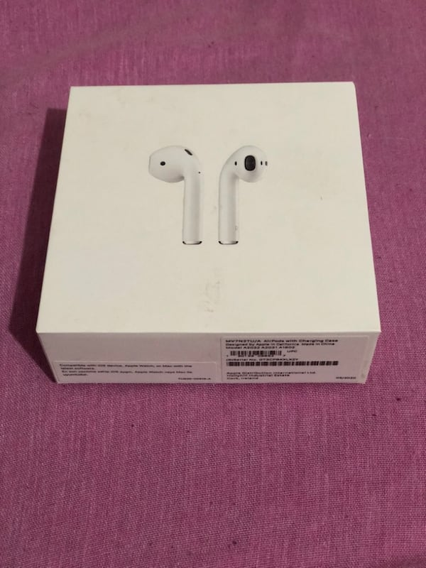 Orjinal airpods 2. Nesil 035a7dcf-d411-4eb6-befd-4a98f367f627