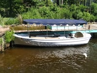 ELECTRIC DUFFY BOAT WITH NEW TRAILER MUST SELL ASAP Shreveport