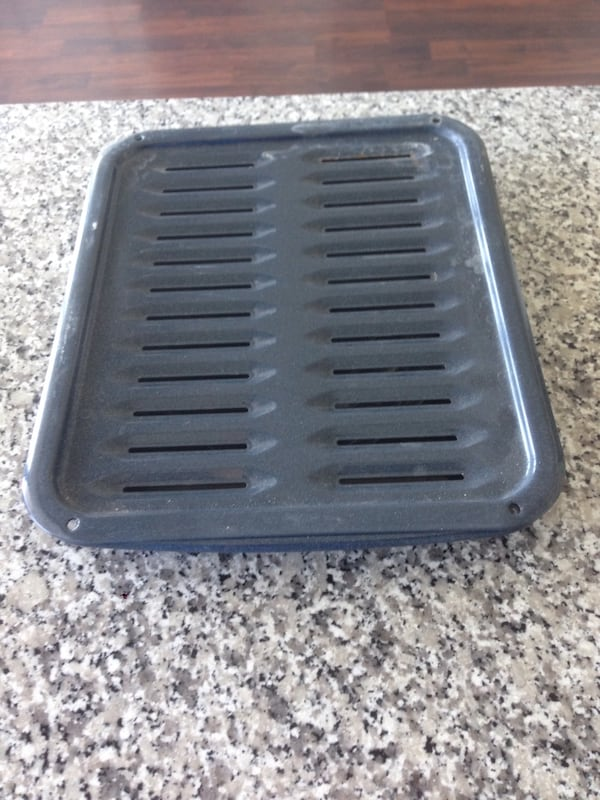 Grilling / drip tray / pan USED! 41690ab1-261e-4a04-a5bf-8bbac08a552a