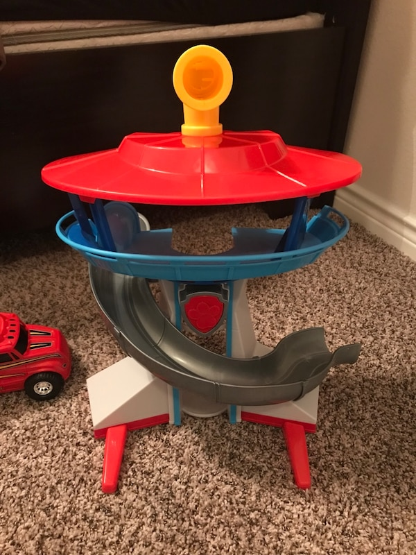 Free toys (pick up only)