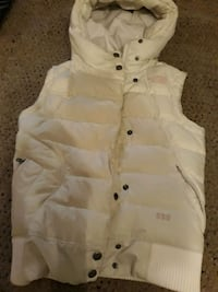 Womens Like North Face puffer vest