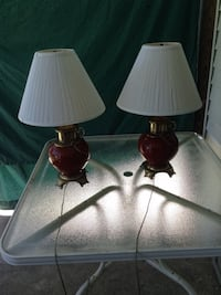 Two black base white shade table lamps Allentown, 18104