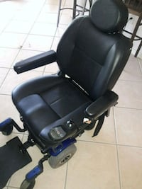 black leather padded rolling armchair North Fort Myers, 33903