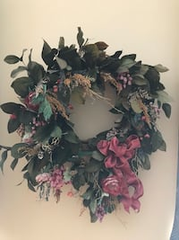 Beautiful Silk & Dried Flower wreath Falls Church, 22046