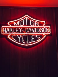 """""""Harley Davidson Motor Cycles"""" Neon Sign. Price reduction. Was $650"""