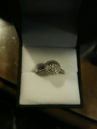 Women's Gold and Diamond ring Spring Hill, 34609