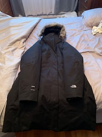 North face winter coat Montreal, H1M