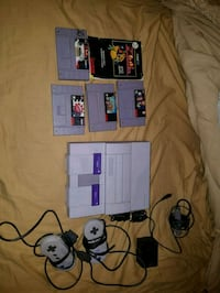 Super Nintendo with games Mississauga, L4W 4A1