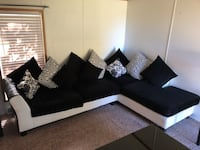 Black and white sectional couch and Love Seat Warsaw, 46582