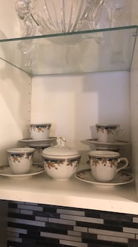 white ceramic tea set with box Montréal, H3X