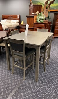 Dining set - Table & 4 Chairs