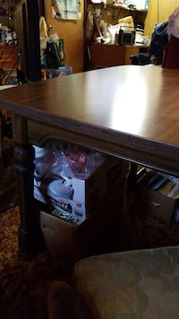 Dining room table Anchorage, 99503