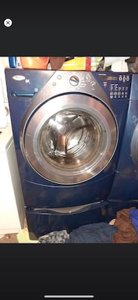 Whirlpool washer with pedestal Davenport, 52806
