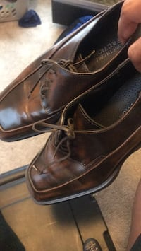 pair of brown leather dress shoes Tallahassee, 32304
