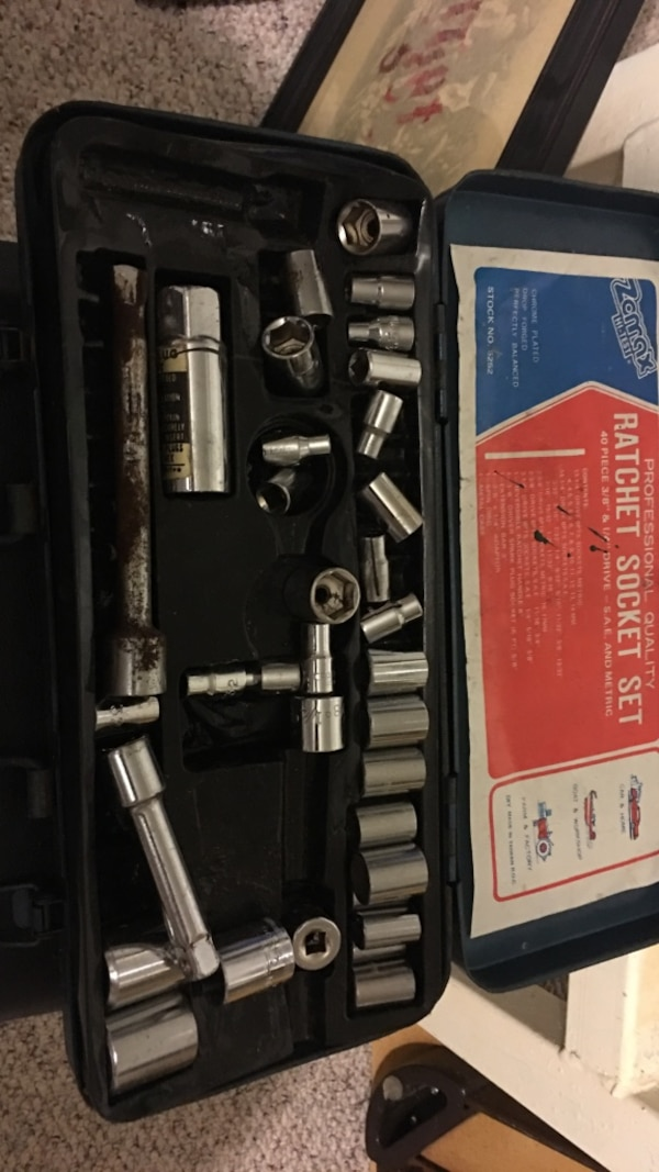 Used silver Zemax Ratchet Socket set for sale in Suffern - letgo