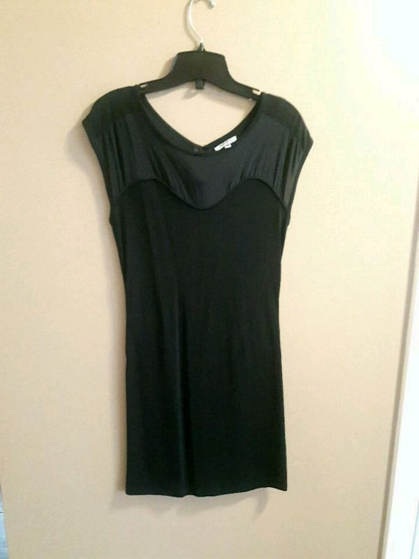 BUFFALO DRESS SIZE XS 74841a34-5458-42bf-9e98-2e58652d32af