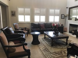 6 pieces leather sofa, loveseats 2 side tables, 1 Ottoman and 1 chair.