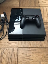 Ps4 with Controller and All Accessories Riverview, 33569