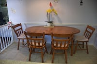Price Reduced!Country style 2-size cherry wood dining table and chairs St. Catharines, L2N 7L4