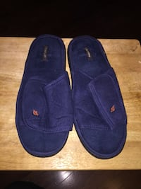 Pair of blue slip-on slippers Schenectady, 12306