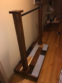 Brown wooden clothes rack Oyster Bay, 11791