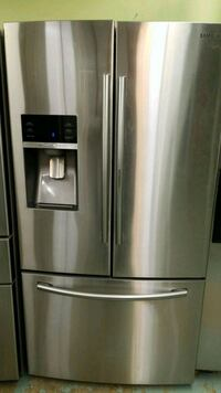 Stainless steel French doors bottom freezer  Springdale, 20774