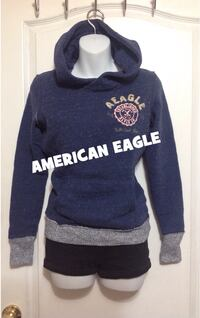 AMERICAN EAGLE Hooded Sweater: Size XS Toronto, M6G