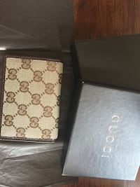 NEW IN BOX Authentic Gucci Men's Wallet  Great Falls, 22066