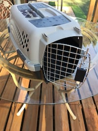Petmate Kennel Cab small Dog or Cat carrier Cage