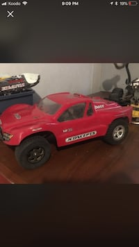 Traxxas Slash 2wd with 2 batteries.