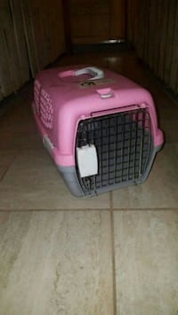 pink and black pet carrier Ottawa
