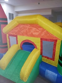 CRAYOLA INDOOR / OUTDOOR BOUNCE HOUSE  Alexandria, 22310