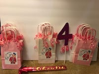Pink and white party bags  Vallejo, 94591