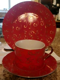 Dessert plates and cups