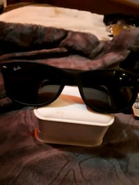 black framed Ray-Ban wayfarer sunglasses Waterloo, N2K 3N6