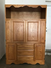 Brown wooden 4-door cabinet Los Angeles, 90731
