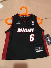 black and red Adidas Chicago Bulls jersey Toronto, M6M 4R9