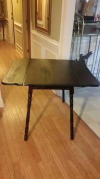 Antique drop leaf table  Wake Forest, 27587