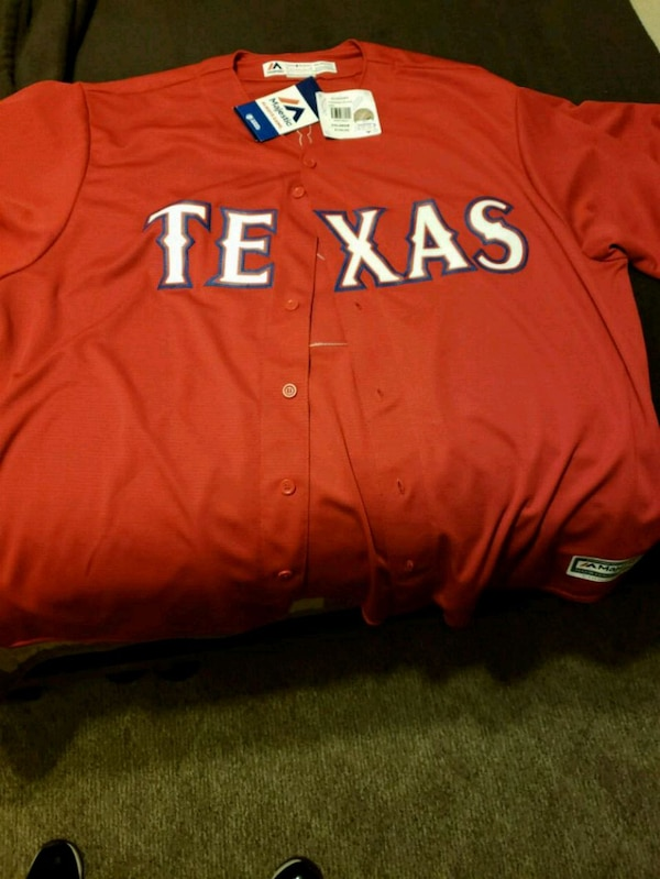 Used red and white New York Yankees jersey shirt for sale in Fort Worth -  letgo 70625bcba49