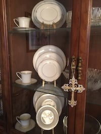 Noritake Golden Cove 6  5 piece place settings. Never been used.  Millstone, 08535