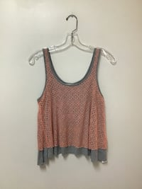 Juniors FOREVER 21 100% rayon peach & green tops… Size small Manasquan, 08736