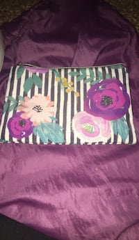 pink and green floral wallet Sacramento, 95841